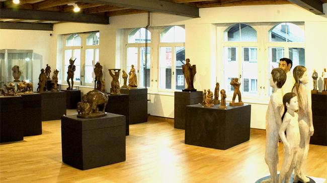 El museo suizo de talla en madera: historia y tradición